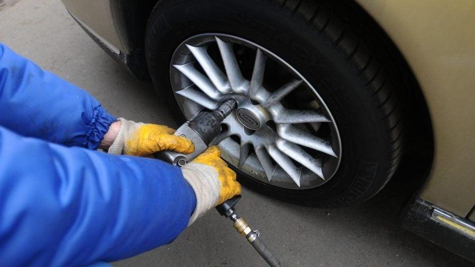 Milyen esetekben hanyagolható, hogy szerelőhöz vigyük autónkat?