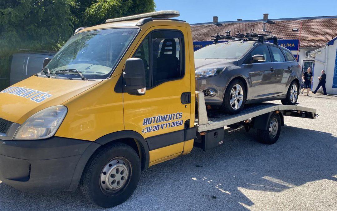 Autómentés 15. kerület – Ford autó szállítása