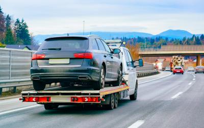 Belföldi és nemzetközi autómentés és autószállítás kedvező áron.